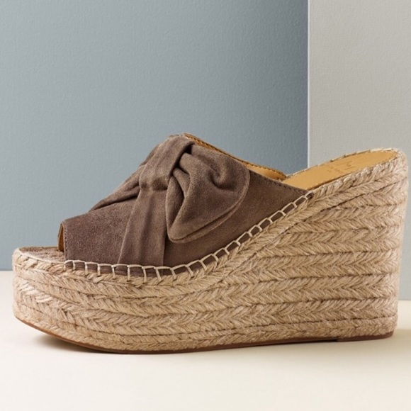 a935329504f New in box marc fisher Aida espadrille wedge-8. NWT